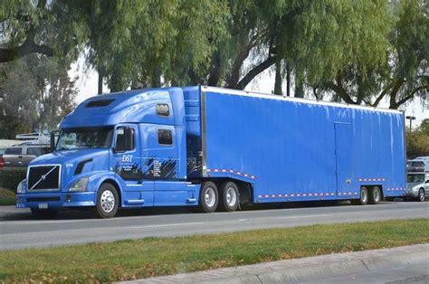 wheeler volvo truck show dst industries  volvo