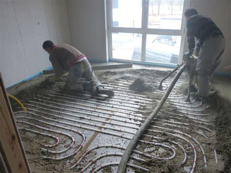 Kw 10  Fußbodenheizung, Estrich  Suckfüll Bautagebuch