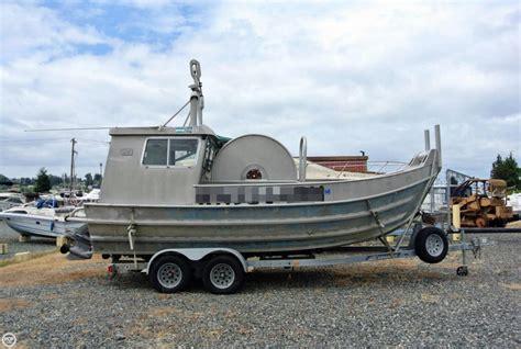Bowpicker Boat by 1988 Used Schreib 24 Aluminum Bowpicker Cruiser Boat For