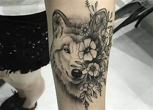 Tatouage Bras Femme Fleur : tatouage loup femme mandala ~ Carolinahurricanesstore.com Idées de Décoration