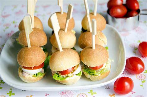 idée petit canapé apéro mini pans bagnats parfaits pour l 39 apéritif