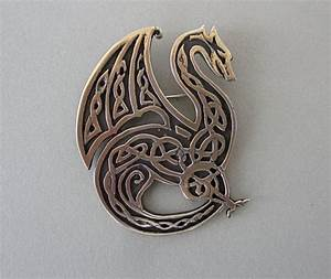 Celtic Knotwork Dragon by MasterArks on Etsy