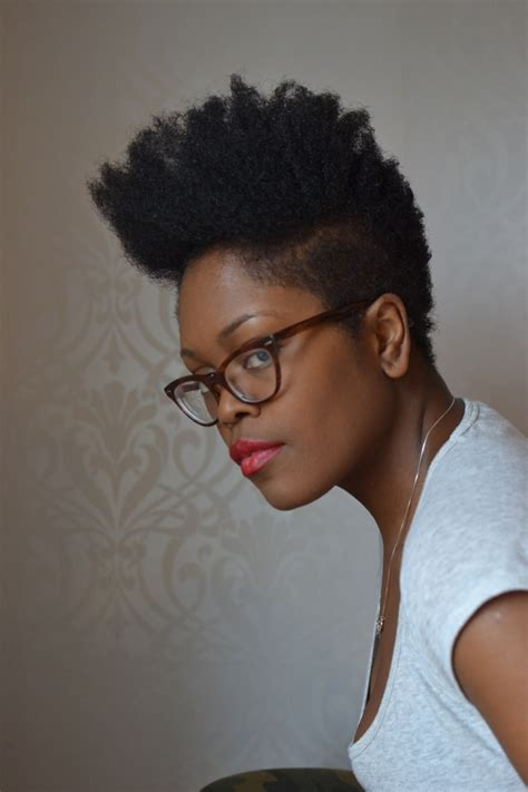 Natural pixie cut / afro / box cut / tapered   natural