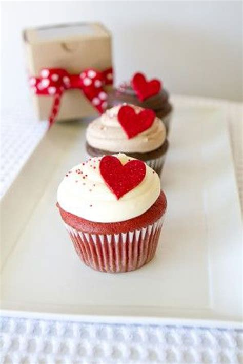 valentines cupcake ideas 25 pretty cupcakes for valentine s day one charming day