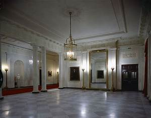 First Jobs For Students White House Rooms Ground Floor Hall Entrance Hall