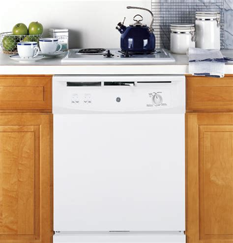 what to do when the kitchen sink is clogged gsm2200vww ge spacemaker the sink dishwasher white 2270