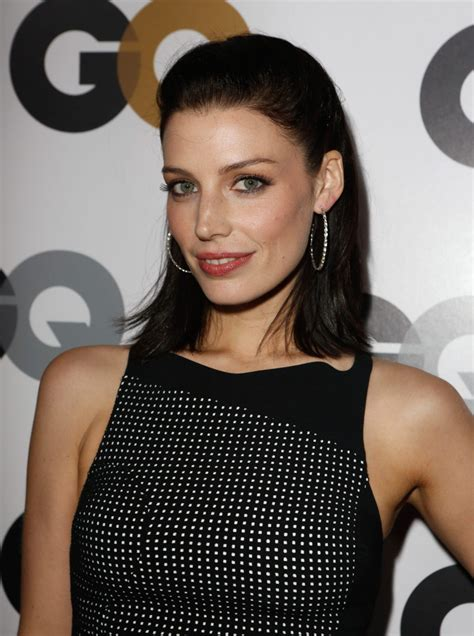 Jessica Paré Diet Plan  Celebrity Sizes