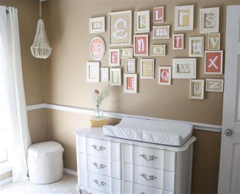 chambre bébé neutre chambre de bébé mixte 25 photos inspirantes et trucs utiles