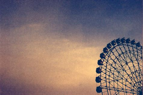 Ferris Wheel Vintage Sky Wallpapers Hd Desktop And