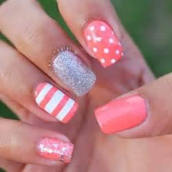 Cute nail ideas for spring polish hand