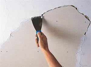 How to repair a ceiling ideas advice diy at bq for What kind of paint to use on kitchen cabinets for bar themed wall art