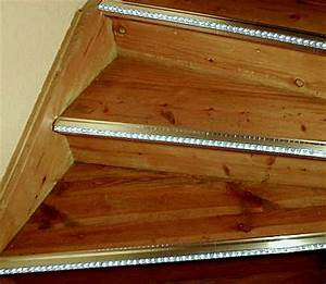 Indirekte Beleuchtung Treppe : led band indirekte beleuchtung raumbeleuchtung led leisten 230 volt lichtleiste ~ Pilothousefishingboats.com Haus und Dekorationen