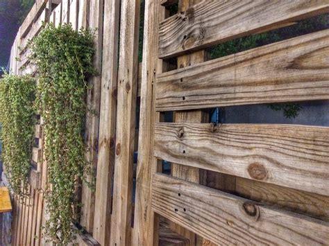 Sichtschutzzaun Selbst Bauen by Sichtschutz Aus Paletten Selber Bauen