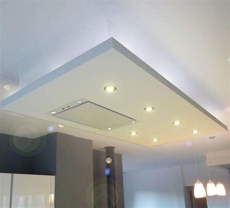 plafond pvc cuisine oltre 25 fantastiche idee su faux plafond cuisine su