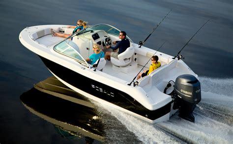 Family Boats by Longshore Boats The New Robalo 207 Family