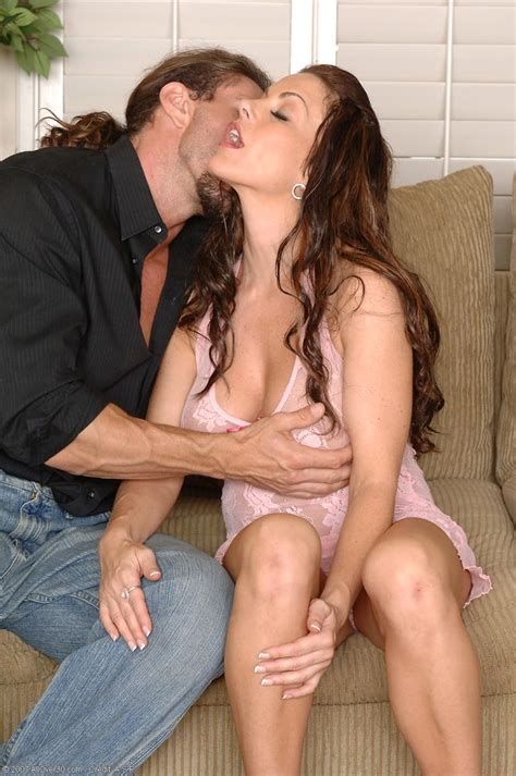 Hot Milf Victoria Valentino In Hardcore Action Free