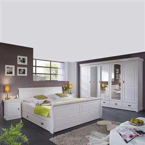 Weißes Schlafzimmer Komplett komplett schlafzimmer im landhausstil janeira i wohnen de