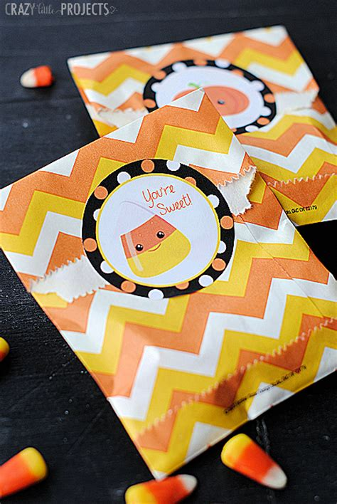 printable halloween stickers crazy  projects