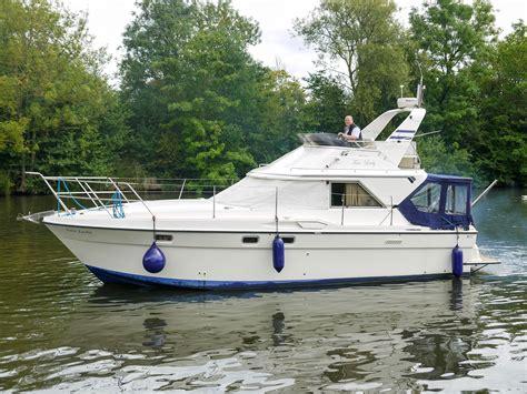 fairline  corniche power boat  sale www