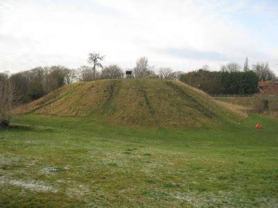peel hill motte  bailey castle thorne thorne doncaster