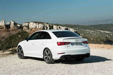 Essai Audi Rs3 Berline (2018)  Notre Avis Sur L'a3 De 400