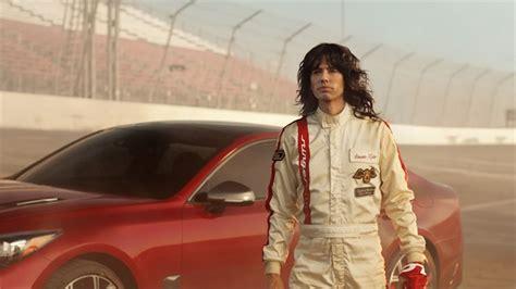Steven Tyler Stars In Kia's Super Bowl 53 Commercial