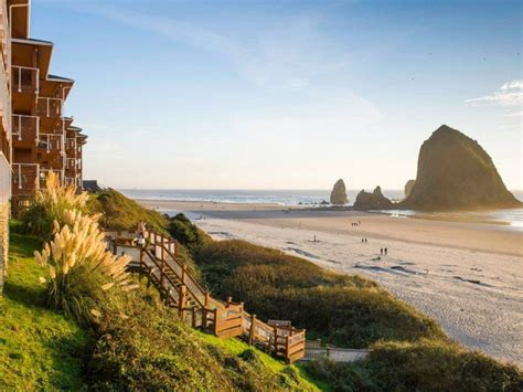 cannon beach oregon hallmark resort hotels resorts spa couples states united romantic hotel places usa tripstodiscover most destinations haystack vacation