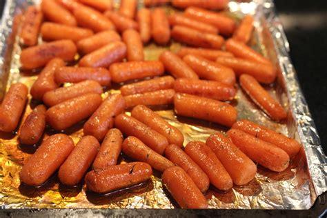 roasted carrots balsamic honey glazed oven roasted carrots