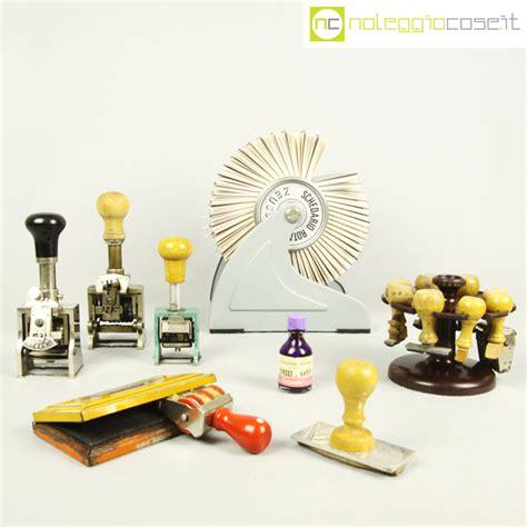 oggetti per scrivania oggetti da scrivania per ufficio