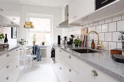 las  cocinas blancas modernas  estreno casa