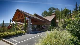 Book Best Western Plus Yosemite Gateway Inn Oakhurst