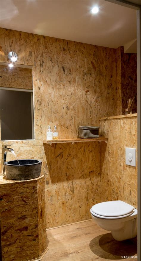 restaurant olive et artichaut l espace toilette en osb pour un caract 232 re brut salle de bain