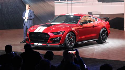 ford debuts 2020 shelby gt500 2020 ford mustang shelby gt500 debuts in detroit wheels ca