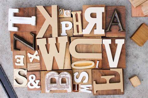 diy art idea  faux letterpress print blocks plants