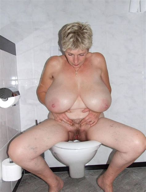 Polish Milf Ala Piss
