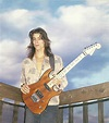 Warren DeMartini – Performance Guitar