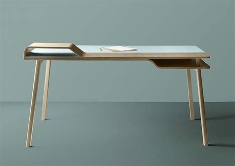 table de bureau design bureau en bois design belharra treku