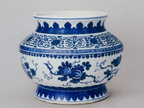 blue and white china l china s porcelain as a luxury export commodity thoughtvessel