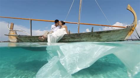 Married In The Maldives Stunning  Ee  Wedding Ee   Modern