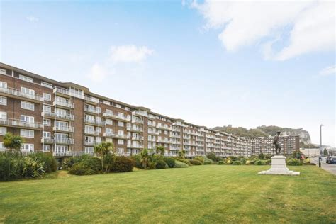 1 bedroom apartment for sale in The Gateway, Dover, CT16
