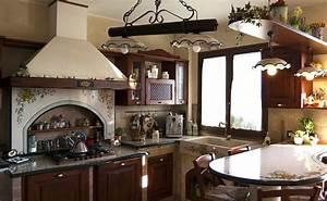 Cucina rustica treviso for Cucina rustica con penisola