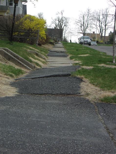 how wide is a sidewalk the image of worcester answer sidewalks should be 5 ft wide