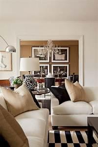 le canape beige meuble classique pour le salon With superb deco maison avec poutre 12 la tendance poutres apparentes 41 bons exemples