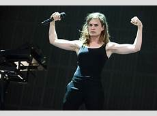 Photobook Christine and the Queens Lowlands 2015