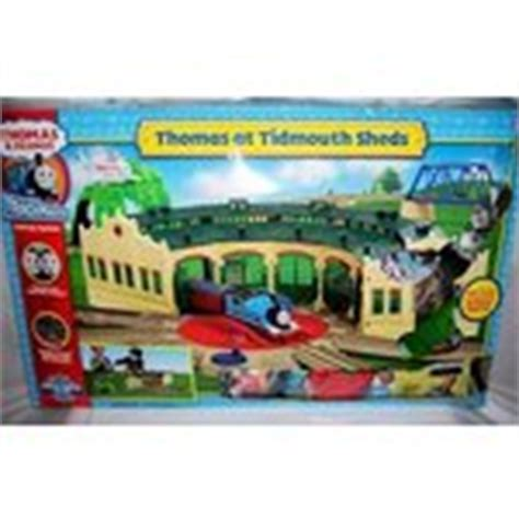 thomas at tidmouth sheds thomas friends trackmaste 03