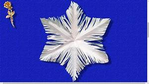 Flocon De Neige En Papier Facile Maternelle : flocon de neige d coup en papier youtube ~ Melissatoandfro.com Idées de Décoration