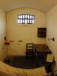 Victorian Prison Cell, Lincoln Castle,... © PAUL FARMER cc ...