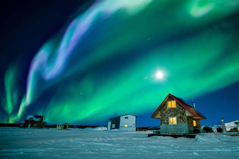 northern lights tours canada the 17 most photogenic spots in canada