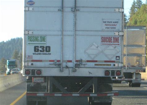 funny truck signs  wouldnt mind driving