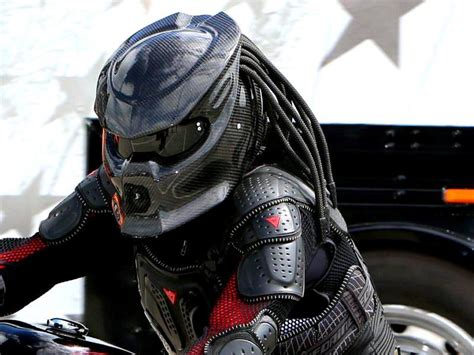 Another Look At The Predator Motorcycle Helmet That Comes